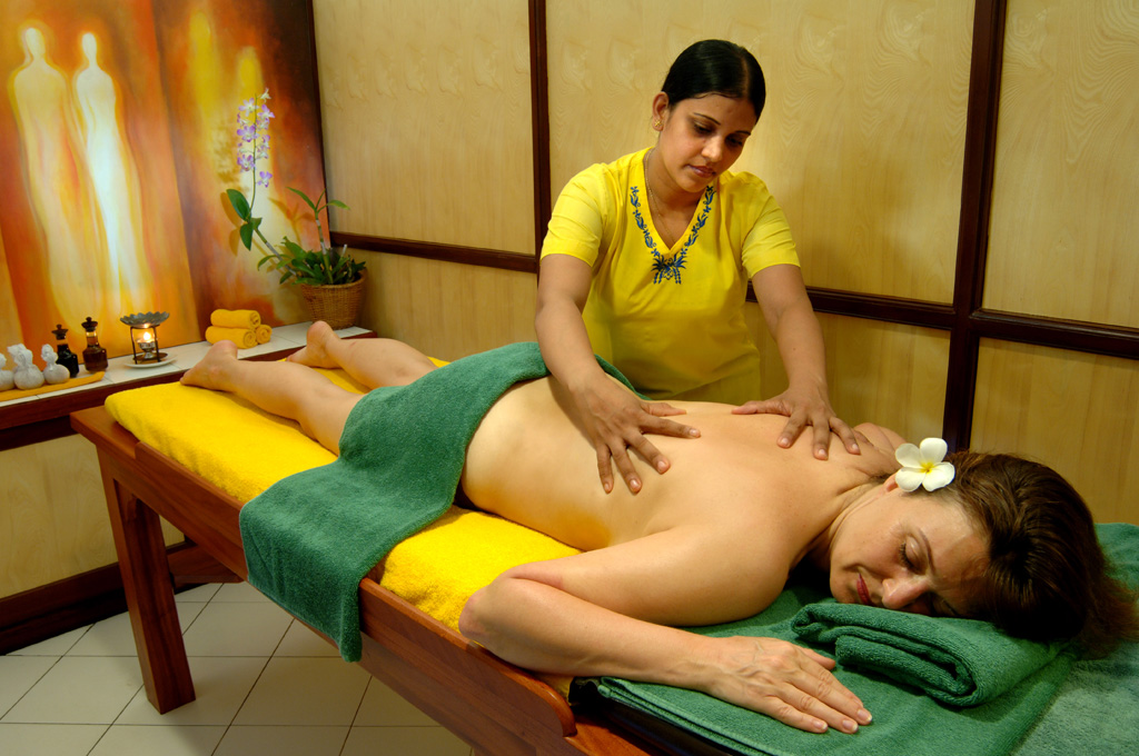 CURATIVE AYURVEDIC TREATMENTS