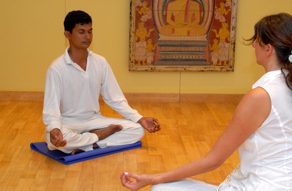 Hotelanlage und Behandlungen im Lanka Princess