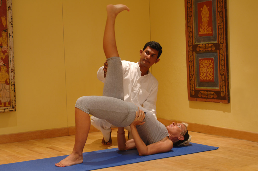 https://www.lankaprincess.com/wp-content/uploads/2014/12/Lanka-Princess-Yoga-7-51.jpg